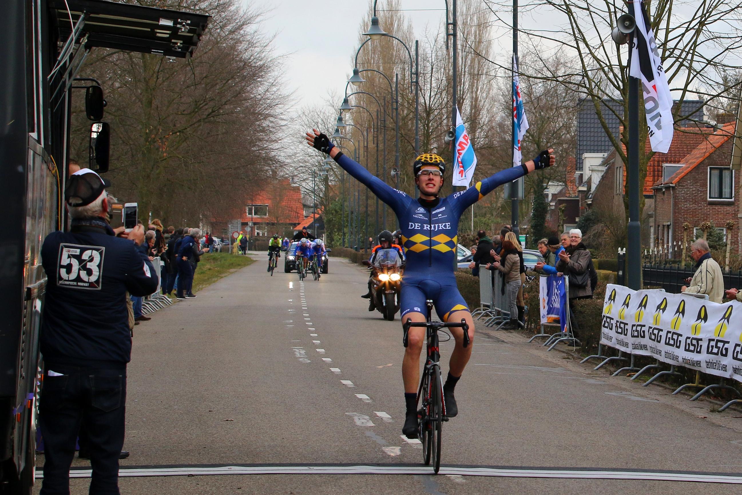 20 maart 2016  Jan-Willem van Schip  CT Join-S De Rijke  wint Houtse linies 2016